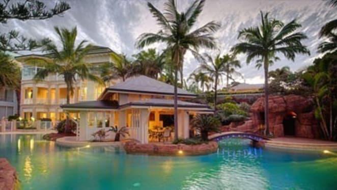 Brisbane entrepreneur Vaughan Bullivant lists extravagant Scarborough house next door
