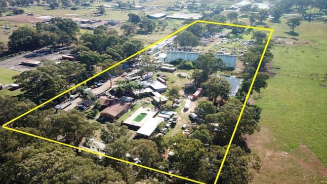 Penrith working chicken farm for sale