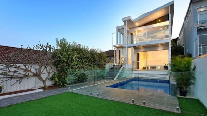 Sydney Swans Luke Parker lists Malabar investment
