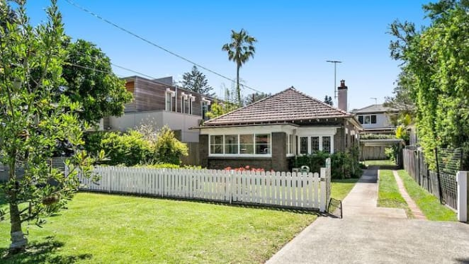 Manly home on Iluka Avenue sells for over $3 million