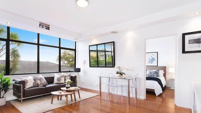 Sydney Swan rookie rentvestor Jordan Foote buys in Marouba