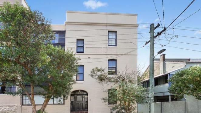Masterchef's Karlie Verkerk tries again to sell Paddo apartment