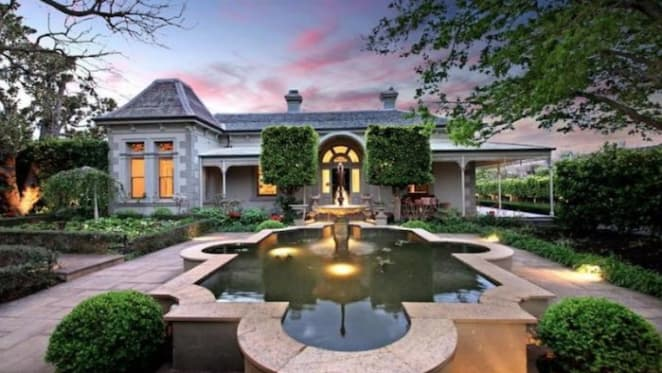 Shane Warne's $6 million Brighton flip windfall