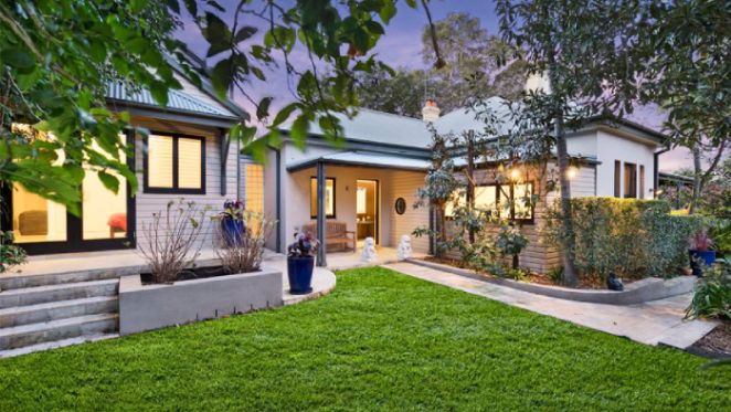 Former ABC chairman Justin Milne lists Rozelle trophy home Erinagh