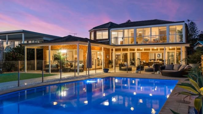 AMP Capital boss lists Mona Vale home