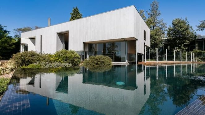 Mount Eliza cliff-top trophy home hits the market