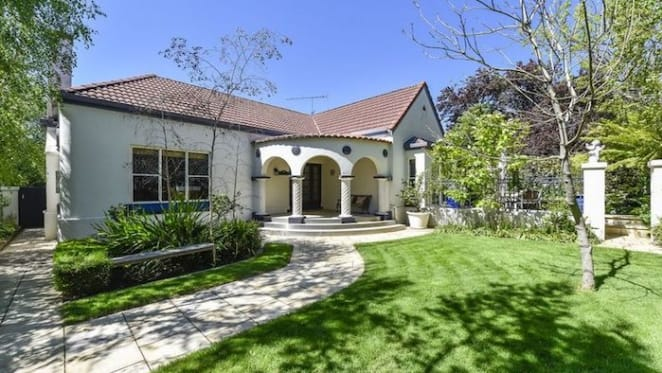 What a lazy $700,000 can buy in Mount Gambier: HTW residential
