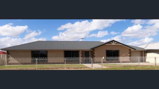 Munno Para West house, SA sold by mortgagees