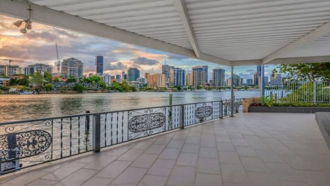 Weekend auctions led by strong riverfront sale in Brisbane