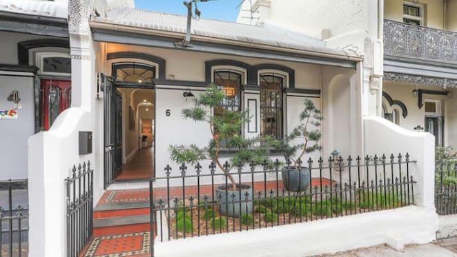 4 Corners journalist Michael Brissenden buys inner Sydney, Newtown terrace