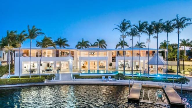 Donald Hay's former Noosa trophy Hayven listed for sale
