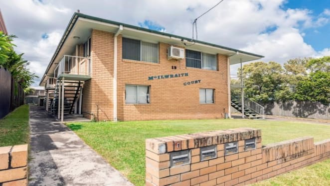 Norman Park block of flats sells over reserve