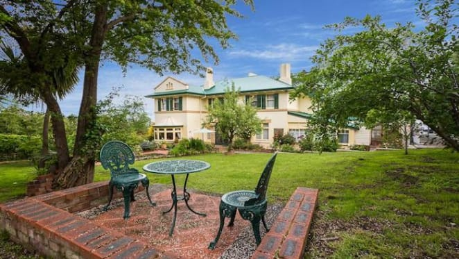 The Elms, North Hobart arts and crafts bed and breakfast sold