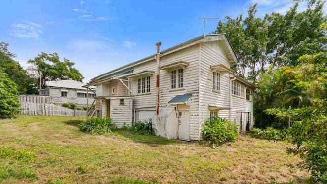 Loss as 1900s North Ipswich three bedroom house sold for $165,000