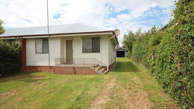 Oberon, NSW home on the market for over two years: SQM Research's top 10 most discounted list