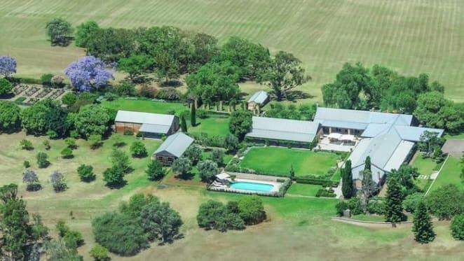Miranda Kerr linked with Hunter Valley vineyard purchase