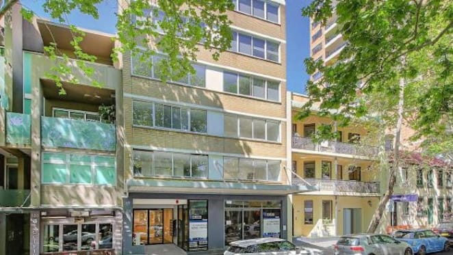International model Annalise Braakensiek buys Potts Point apartment