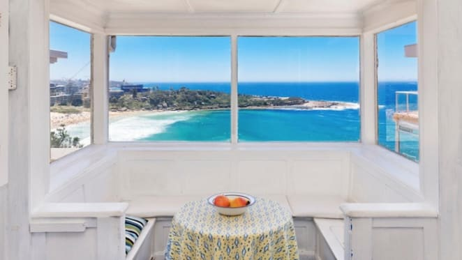 Queenscliff cottage sells at $5.55 million at weekend auction