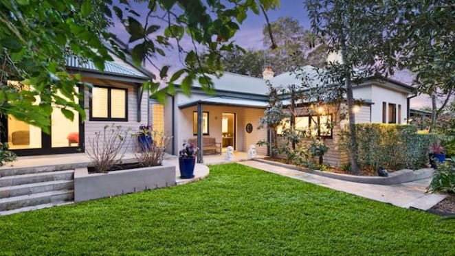 Former ABC chairman Justin Milne sells Rozelle trophy home