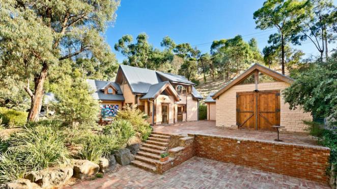 Eltham mudbrick residence sold