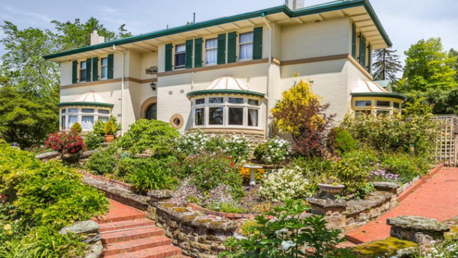 Century-old Federation home The Elms listed for sale in Hobart