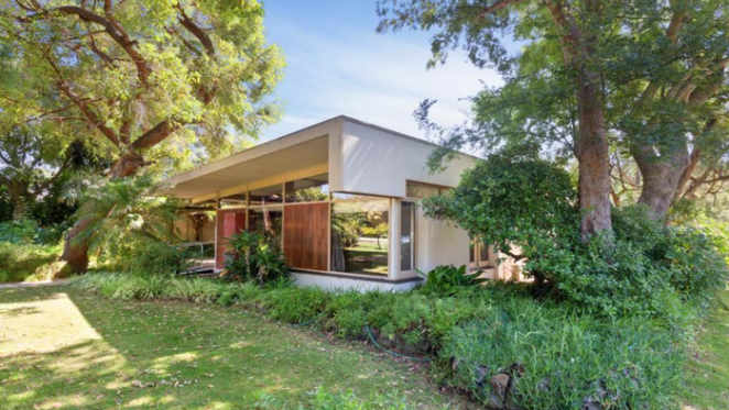 Iwan Iwanoff Modernist Dalkeith home listed