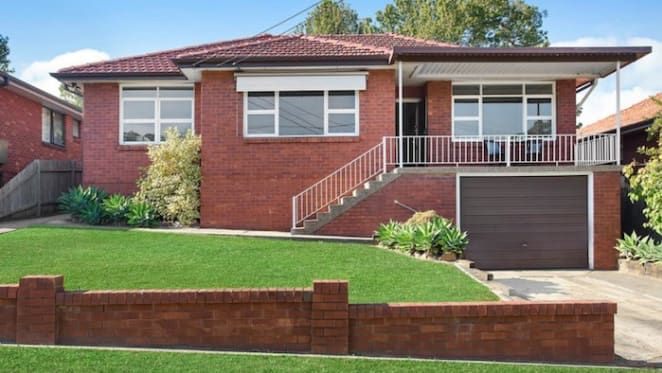 Ryde and Sydney's inner west see property value slump rivalling Darwin