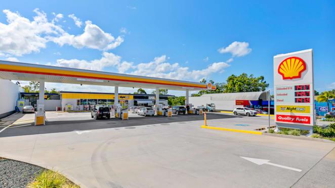Noosaville Shell service station comes onto market