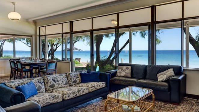 Beachfront Siesta Park house on WA's Geographe Bay listed at $5 million