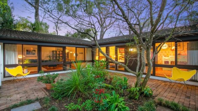 Tightly-held 1960s Pettit + Sevitt display village home sold in St Ives