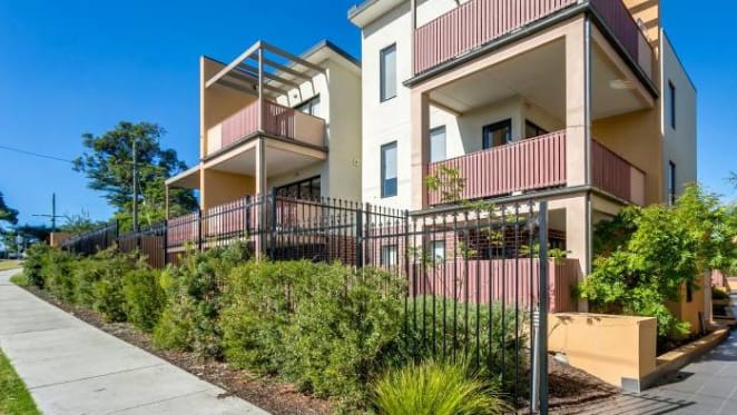 Frankston South apartments caught up in Melbourne's cladding crisis