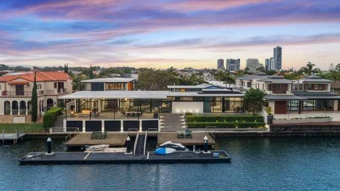Queensland entrepreneur Tony Quinn buys Surfers Paradise waterfront home