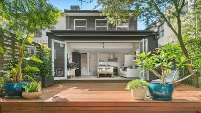 Rocker Suze DeMarchi's Coogee home gets passed in