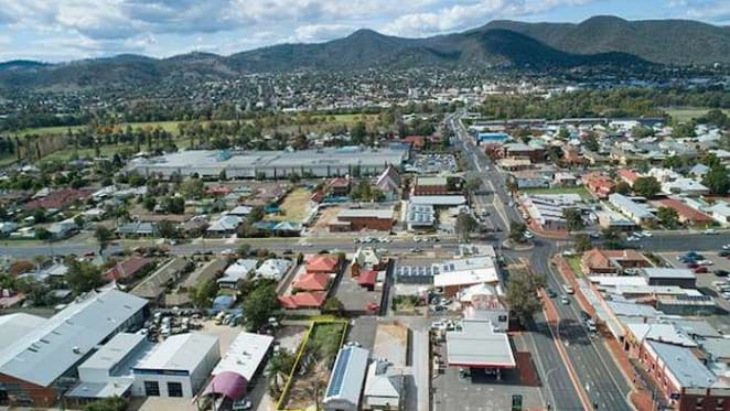 What type of properties offer the highest rental yields in Tamworth? HTW residential