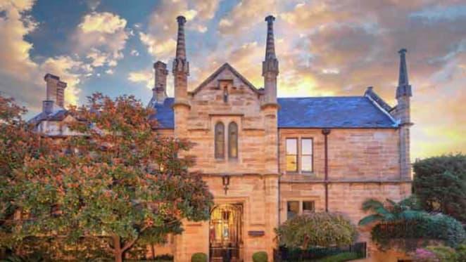 Rob Rankin sells Double Bay Gladswood Gardens apartment
