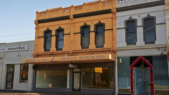 Melbourne's Hawthorn East property sold under the hammer for $2.1 million
