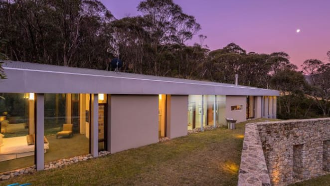 Thredbo price record set to fall with listing of ski chalet Tussock