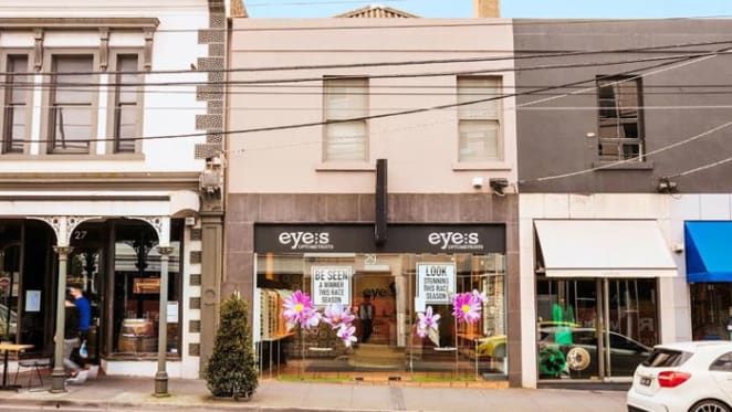 Toorak Road shop and apartment in South Yarra listed