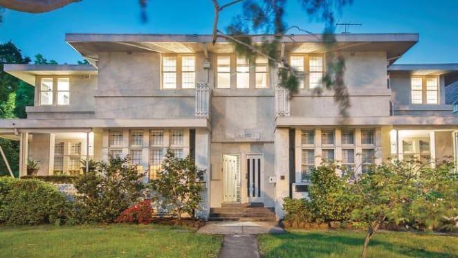 Walter Burley Griffin-designed Langi, Toorak offering