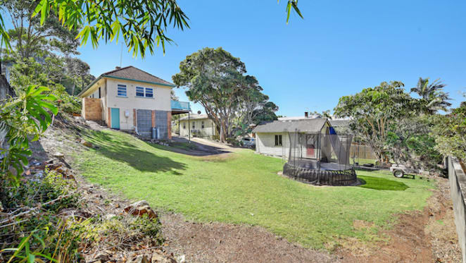 Rare 1950s Tugun beach house set for auction