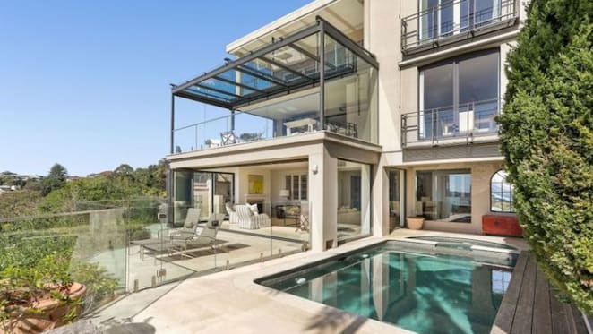 Reckon boss Clive Rabie lists Vaucluse home