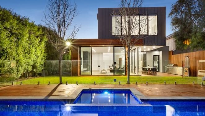 Jason Cloke sells Williamstown home before auction