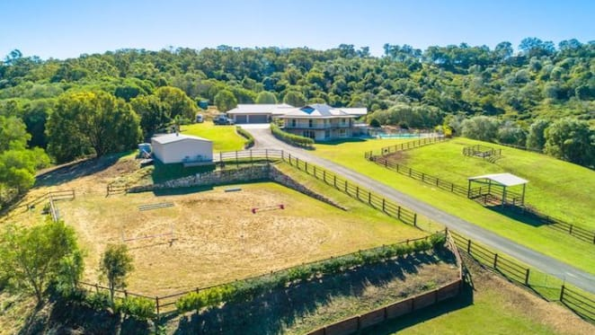 Willow Vale equestrian estate listed at $1.69 million