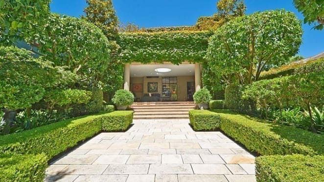 Prue and Alasdair MacLeod spend $10.65 million on Woollahra home of miner Nick Curtis