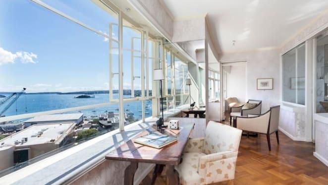 Landmark Potts Point penthouse for sale