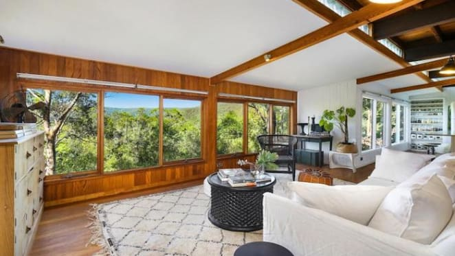 Stylish tree change Wyong Creek retreat style property sold for $815,000