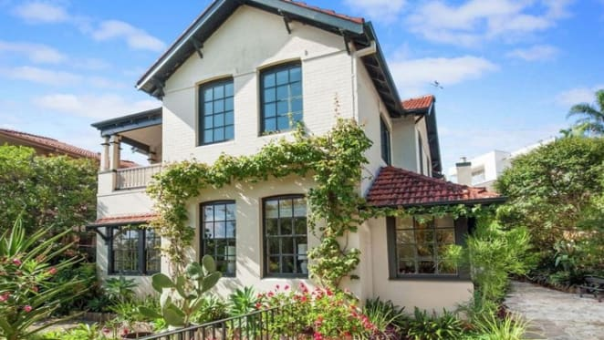 Art Gallery New South Wales director Michael Brand finally sells in Bellevue Hill