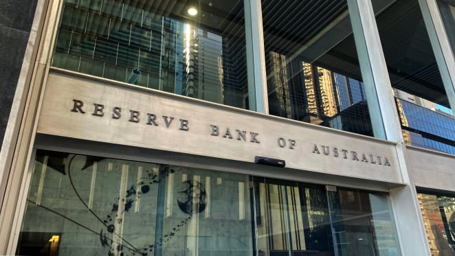 RBA watching cash-rich household spending amid recovering economy