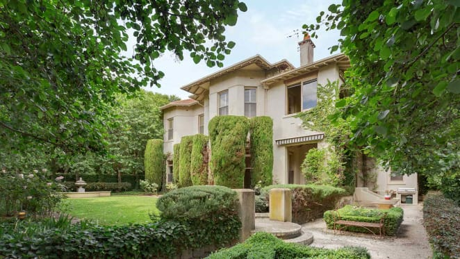 South Yarra mansion tipped to fetch $25 million