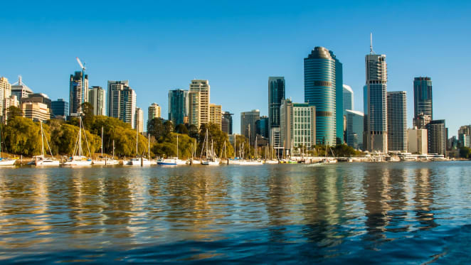 Queensland sees biggest rise in resident population